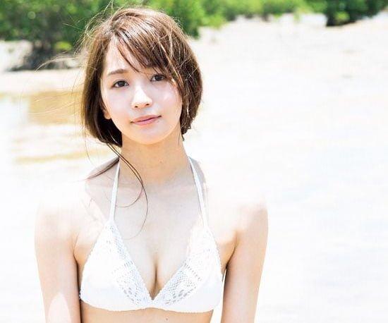 ベイビーレイズJAPAN・傳谷英里香が「週プレ」表紙を飾る!!